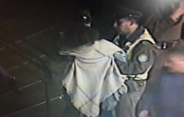 Investigan supuesto asalto a mujer en plaza de armas de Temuco