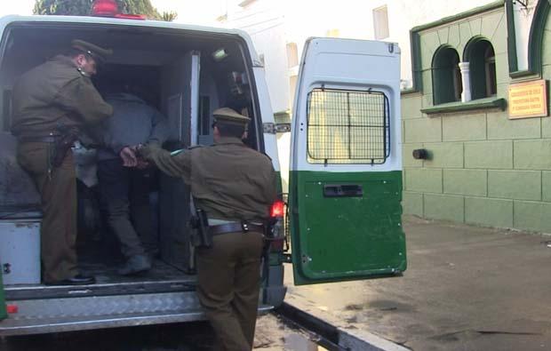 Tres jóvenes fueron detenidos por robo a restaurante de Temuco