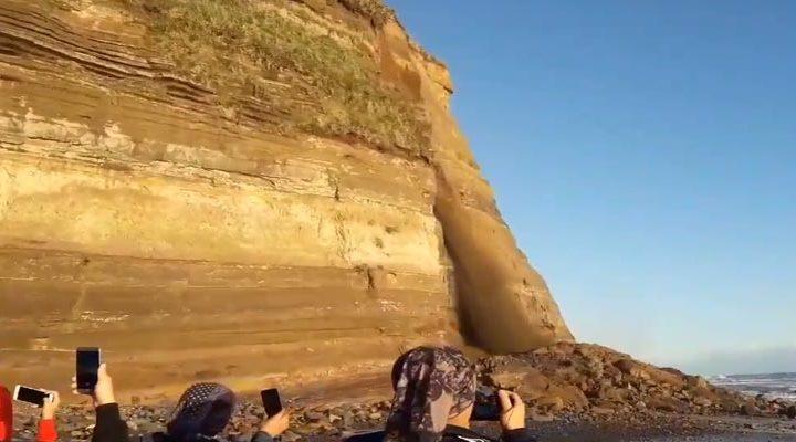 Pto Saavedra: Equipos removerán material rocoso en búsqueda de personas que podrían estar atrapadas en derrumbe
