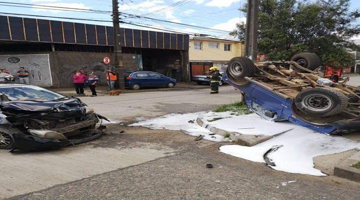 Accidente de tránsito en Temuco dejó 6 lesionados