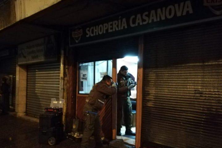 Dos heridos tras violento asalto a shopería en Temuco