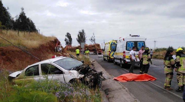 Profesora muere en violento accidente de tránsito en Angol