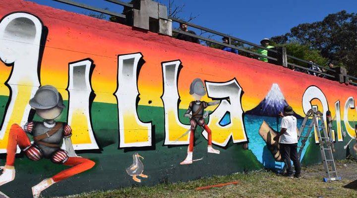 Jóvenes de Villarrica vistieron de colores los muros de la Costanera