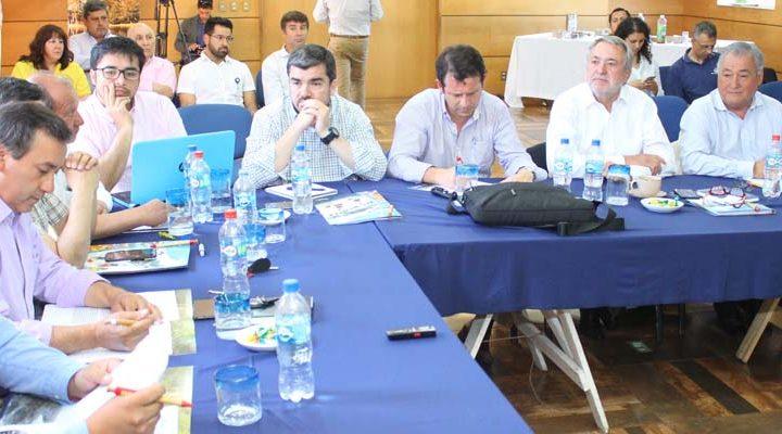 Intendente Atton encabeza reuniones comunales en el marco del Plan Impulso