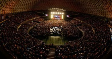 Más de 12 mil incondicionales acompañaron a Luis Miguel en su noche debut