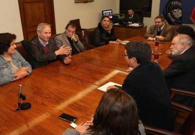 Senador Quintana respalda masiva movilización de profesores
