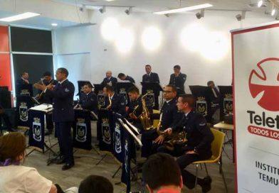 Temuco: Big Band de la Fuerza Aérea brindó presentación musical a niños del Instituto Teletón