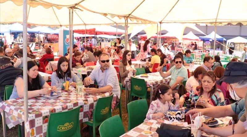 Más de 4 mil personas visitaron la 4ta versión de la Fiesta de la Gallina en la localidad de Cajón